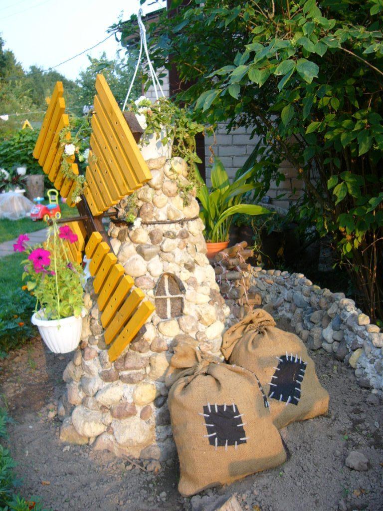 Декоративные поделки своими руками для сада фото 650